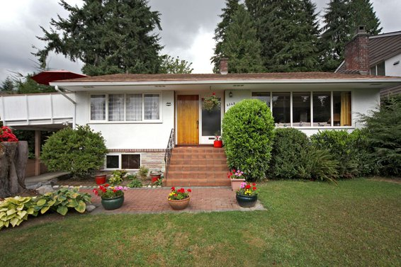 4548 Marineview Crescent, North Vancouver