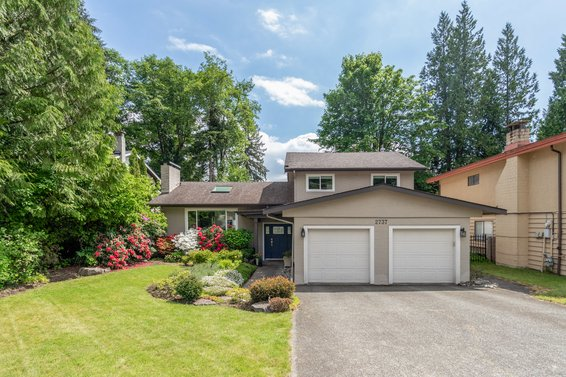 2737 Wyat Place, North Vancouver