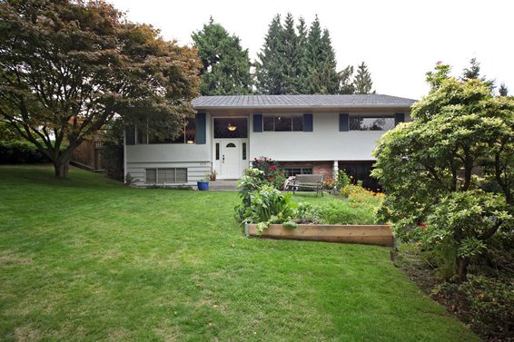 1279 Bracknell Place, North Vancouver