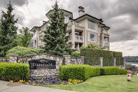 234-3629 Deercrest Drive, North Vancouver