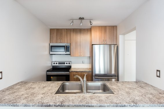Kitchen - 307-360 East 2nd Street, North Vancouver
