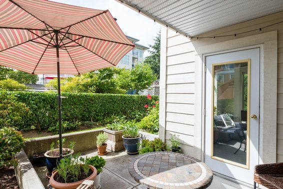 104 3625 Windcrest Drive, North Vancouver