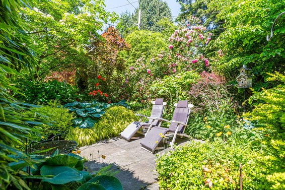 Front patio - 3096 Fromme Road, North Vancouver