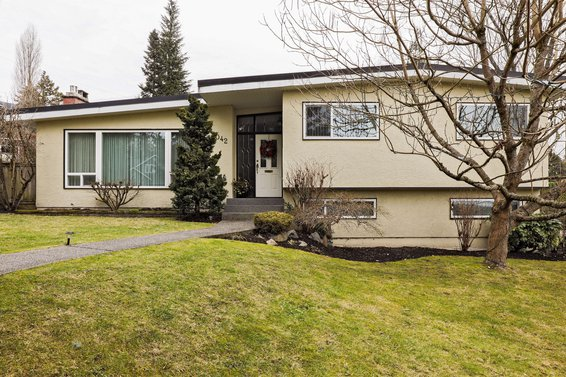 1042 Kennedy Avenue, North Vancouver