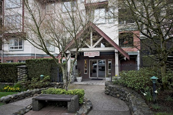410-150 W 22nd Street, North Vancouver