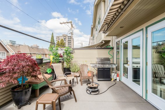 5 229 East 8th Street, North Vancouver