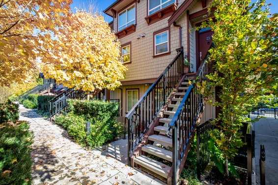 21 433 Seymour River Place, North Vancouver