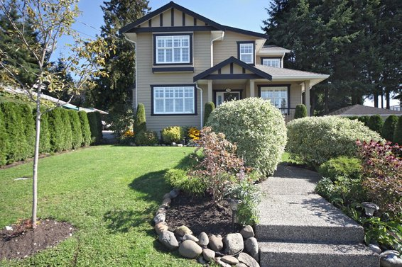 750 Sutherland Avenue, North Vancouver