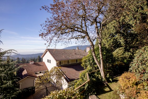 368 Newdale Court, North Vancouver