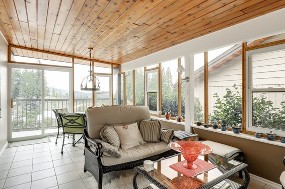 Sun Room - 4775 Tourney Road, North Vancouver