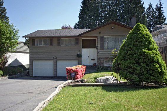 971 Ross Road, North Vancouver