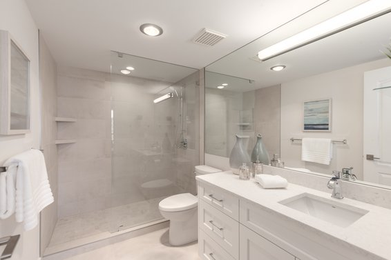 Maser ensuite - 904-1327 East Keith Road, North Vancouver