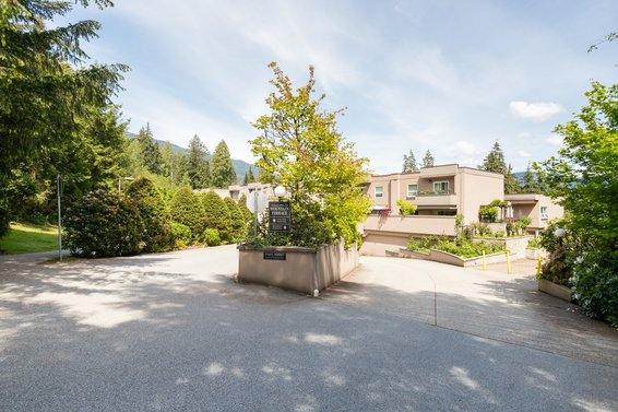 304-1500 Ostler Court, North Vancouver -  Mountain Terrace