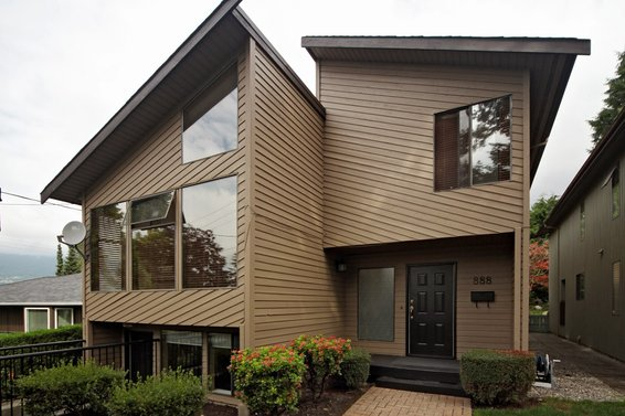 888 Montroyal Boulevard, North Vancouver