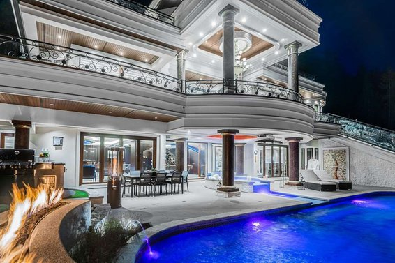 1049 Millstream Road, West Vancouver