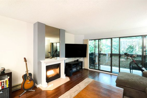202 3187 Mountain Highway, North Vancouver