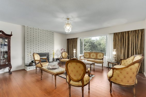 4188 Norwood Avenue, North Vancouver