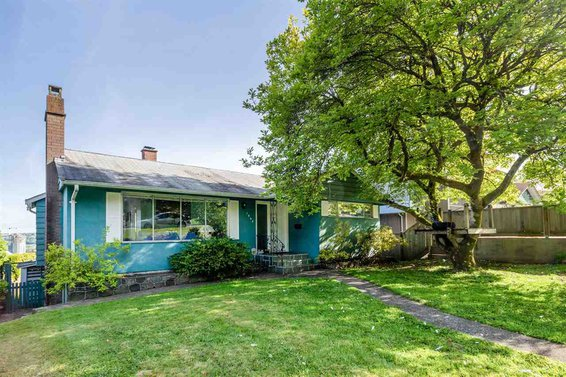 1043 Whitchurch Street, North Vancouver
