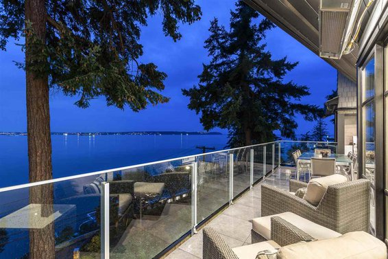 3595 Sunset Lane, West Vancouver