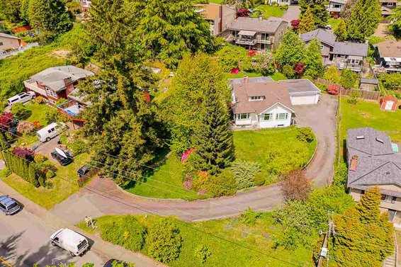 4190 Dollarton Highway, North Vancouver