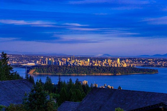 2738 Highview Place, West Vancouver