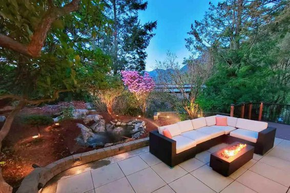 6890 Hycroft Road, West Vancouver