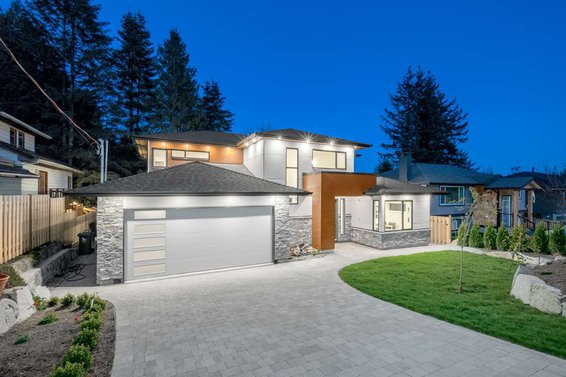 3056 Chaucer Avenue, North Vancouver