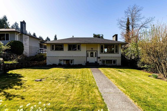 357 E 22Nd Street, North Vancouver