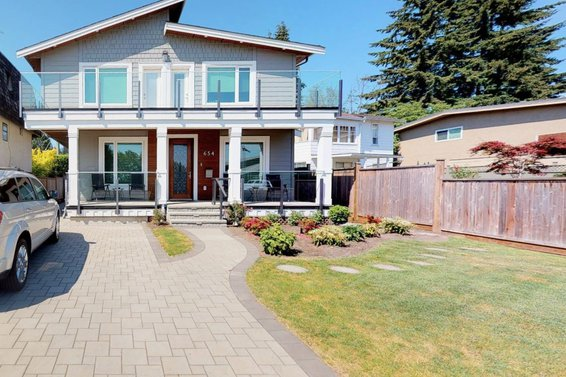 654 W 17Th Street, North Vancouver