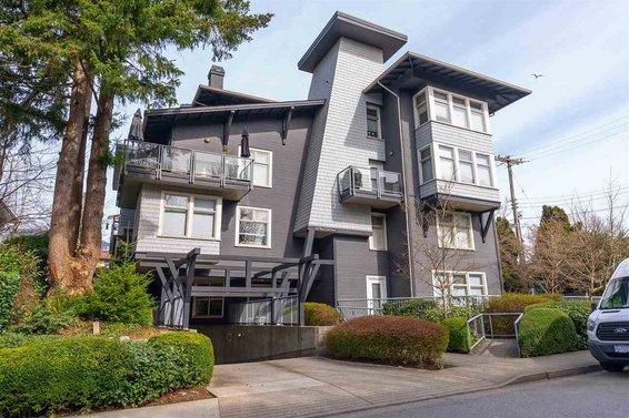 203 118 W 22Nd Street, North Vancouver