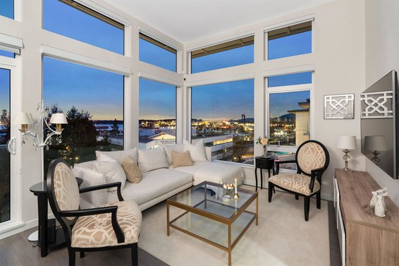 525 255 W 1St Street, North Vancouver
