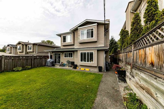 239 W 19Th Street, North Vancouver