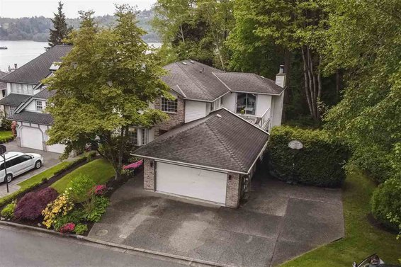 333 Roche Point Drive, North Vancouver