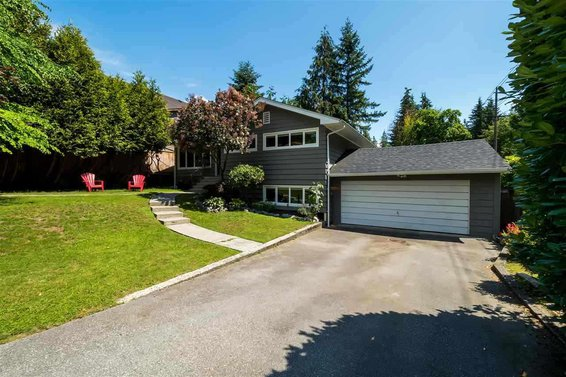 2720 Lyndene Road, North Vancouver