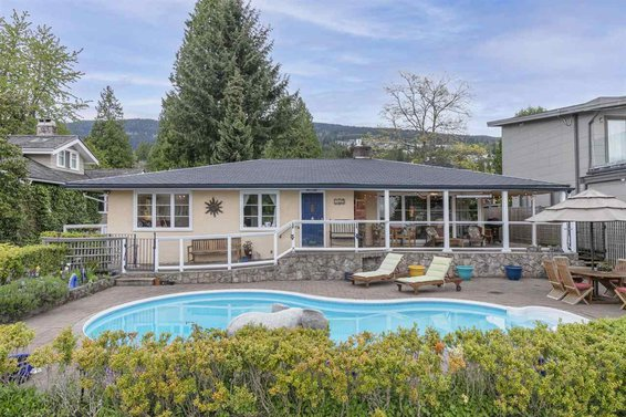 2467 Kings Avenue, West Vancouver