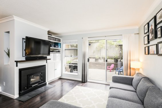 Just Listed // 43-900 W 17th Street