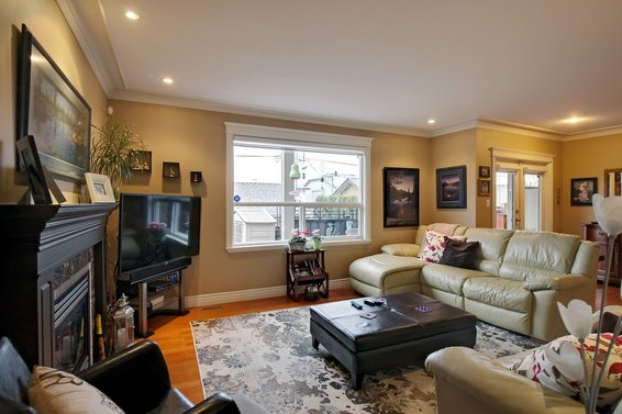 New Listing | 267 East 10th Street | Central Lonsdale