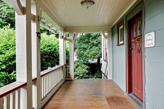 New Listing | 445 East 16th Street | Central Lonsdale