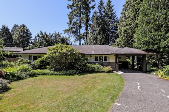 Sold // 1279 Langdale Drive