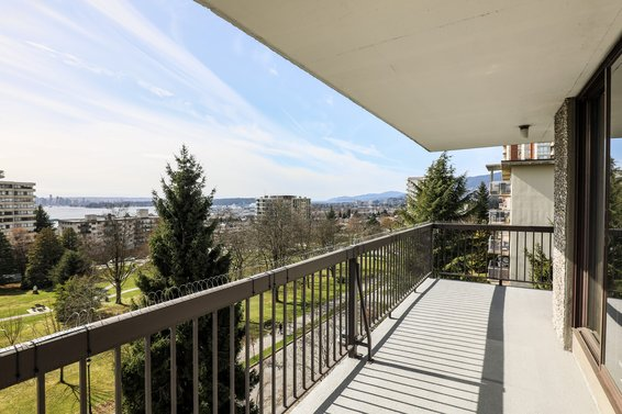 Just Listed // 703-114 West Keith Road