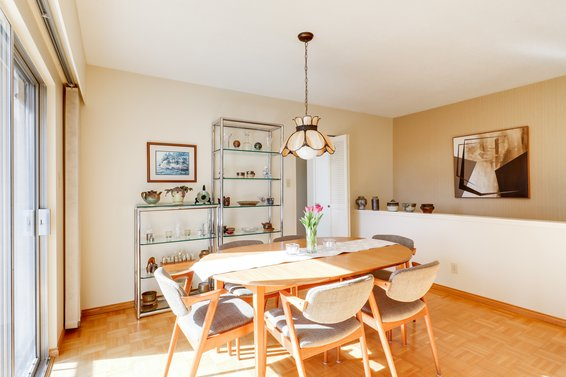Just Listed // 1984 Hyannis Drive