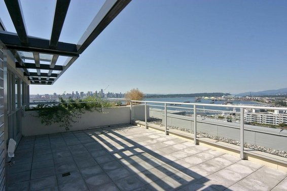 Just Listed // 2303-188 E Esplanade