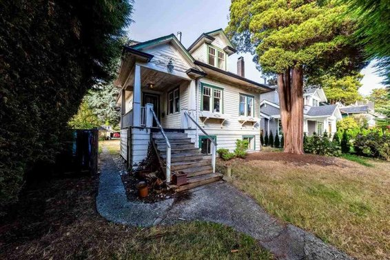 Heritage Home For Sale // 328 W 15Th Street
