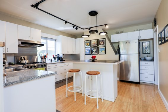 Just Listed / 317 East 20th Street Central Lonsdale