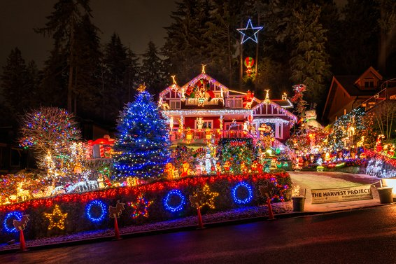 Christmas Lights For Charity | 4967 Chalet Place