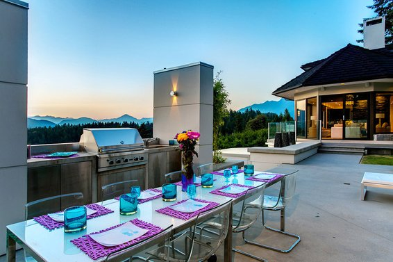 Trend // Outdoor Kitchen