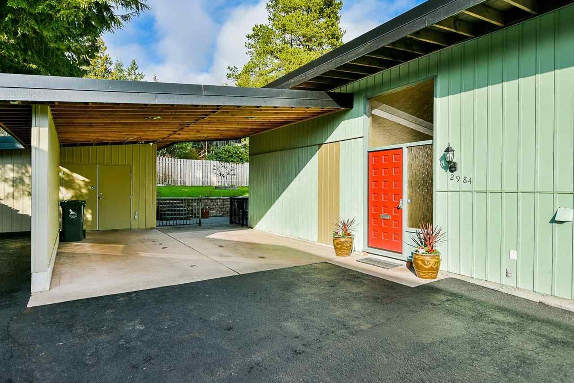 mid century modern houses for sale north vancouver prices